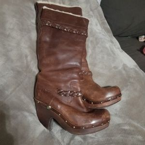 Size 8 UGG boots
